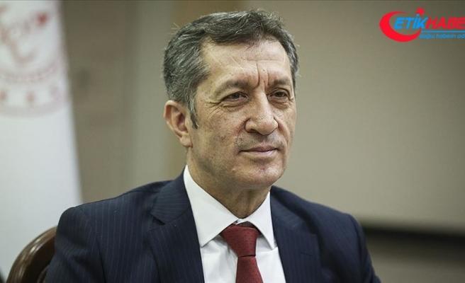 Milli Eğitim Bakanı Selçuk öğrencilere teşekkür etti