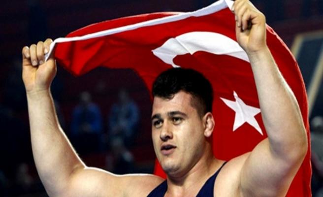 Milli güreşçi Rıza Kayaalp, Gençlik ve Spor Bakanlığı'na müşavir olarak atandı