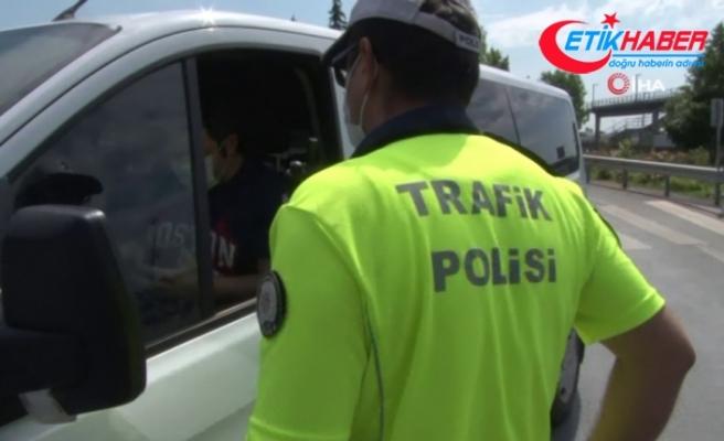 Polisten, LGS günü sokağa çıkma kısıtlaması denetimi