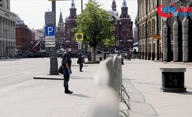 Rusya'da Kovid-19 vaka sayısı 584 bini geçti