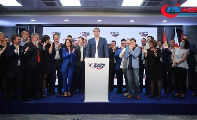 Sırbistan'daki seçimde Cumhurbaşkanı Vucic'in partisi tek başına iktidar oldu
