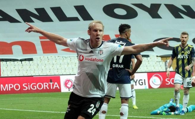 Beşiktaş'taki fare kulüpten kovuldu