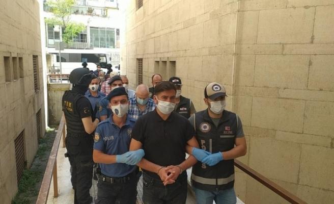 Bursa'da FETÖ operasyonunda 8 tutuklama