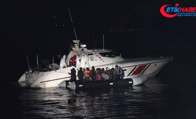 Çanakkale ve Balıkesir açıklarında 74 sığınmacı kurtarıldı