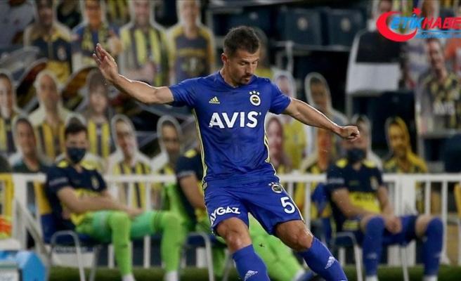 Emre Belözoğlu: Futboldan kopmayacağım