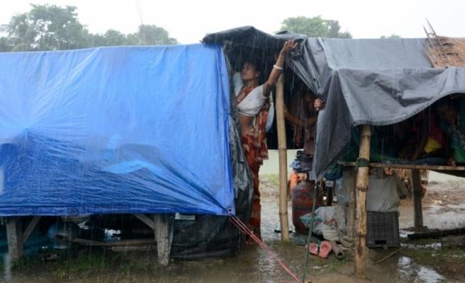 Endonezya'daki sel felaketinde ölü sayısı 38'e yükseldi