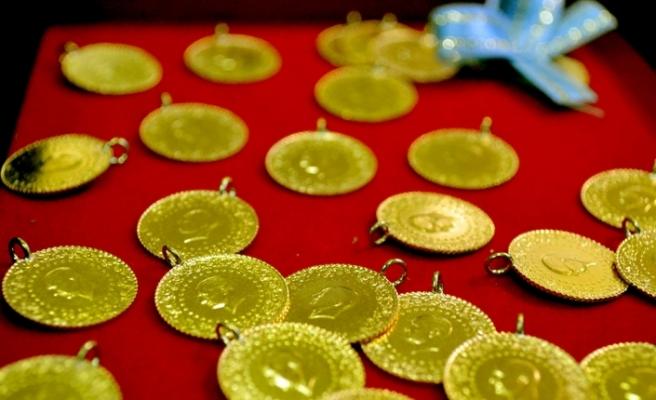 Güne yükselişle başlayan altının gram fiyatı 465 liradan işlem görüyor