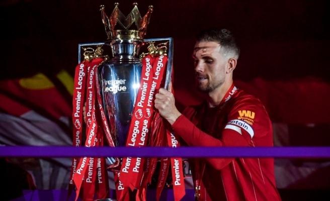 Henderson yılın futbolcusu seçildi