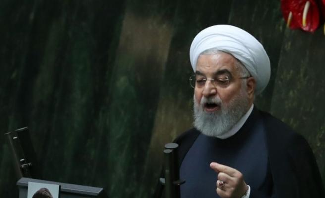 """Ruhani: """"Düşmanlar, koronavirüs bahanesiyle ülkeyi kapatmamızı istiyordu"""""""