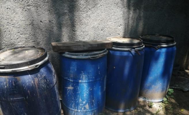 İskenderun'da 2 bin 660 litre kaçak içki ele geçirildi