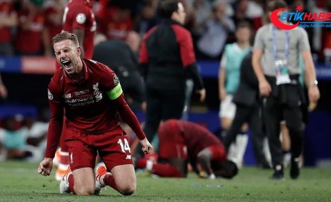 Liverpool kaptanı Henderson'a yılın futbolcusu ödülü