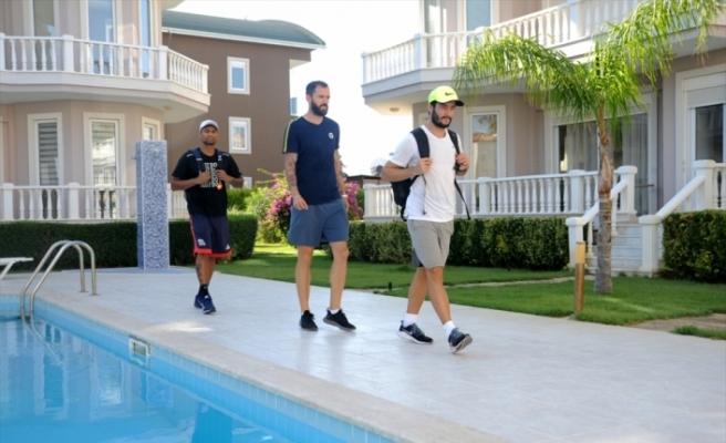 Milli atletler Guliyev, Altıntaş ve Safer aynı evde olimpiyatlara hazırlanıyor