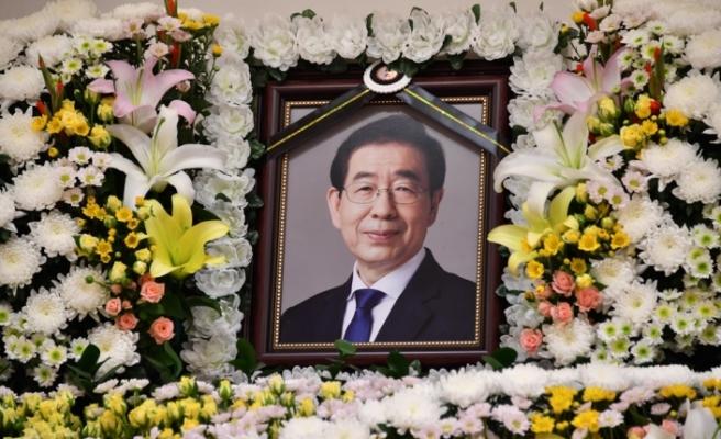Ölü bulunan Seul Belediye Başkanı Park Won-Soon'un özür notu