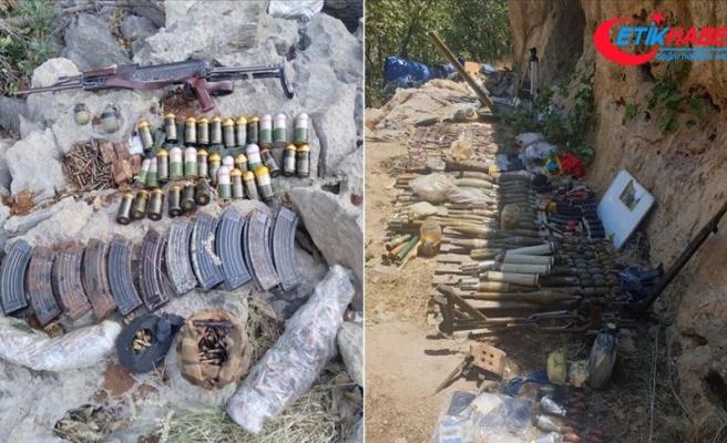 Pençe-Kaplan Operasyonu'nda PKK'ya ait çok sayıda silah ve mühimmat ele geçirildi
