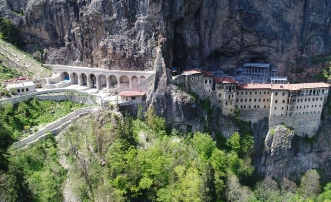 Restorasyonu 5 yıl süren Sümela Manastırı yarın ziyarete açılıyor