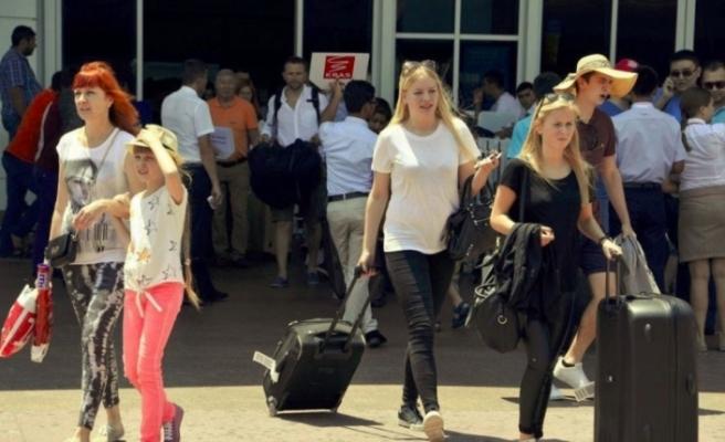 Rus turistlerin favori ülkesi yine Türkiye oldu