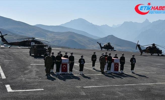 Şehit askerler Hakkari'de düzenlenen törenle memleketlerine uğurlandı