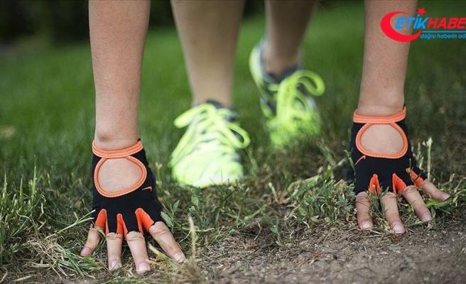 Spor öncesi ısınma ve germe egzersizleriyle eklem zedelenmesi önlenebilir