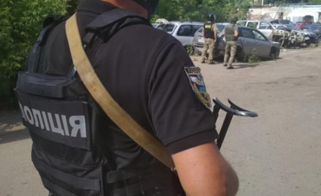 Ukrayna'da yine rehine krizi: 'Saldırgan bu kez polisi rehin aldı'