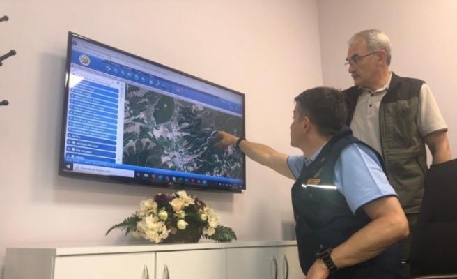 Yangın söndürme çalışmalarında İHA ve termal dronelardan faydalanılıyor