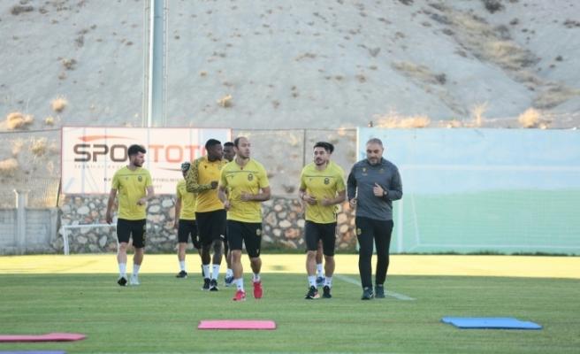 Yeni Malatyaspor 2 maçtan 4 puan hedefliyor