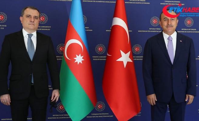 Azerbaycan Dışişleri Bakanı Bayramov'dan mevkidaşı Çavuşoğlu'na doğal gaz rezervi keşfi tebriği