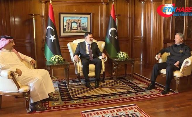Bakan Akar, Libya Başbakanı Serrac ve Katar Savunma Bakanı Atiyye ile üçlü toplantı gerçekleştirdi