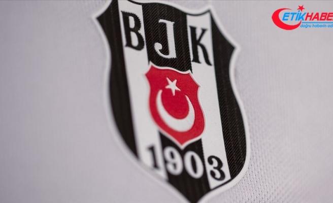 Beşiktaş'ta Şilili futbolcu Enzo Roco'nun sözleşmesi feshedildi
