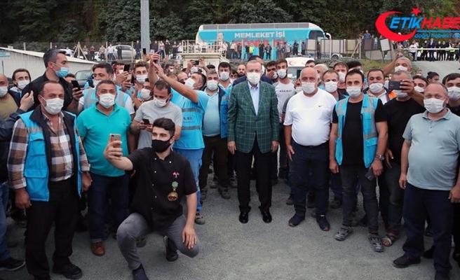 Cumhurbaşkanı Erdoğan Rize-Artvin Havalimanı inşaatında incelemelerde bulundu