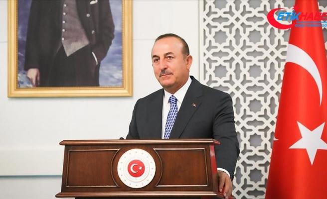 Dışişleri Bakanı Çavuşoğlu'ndan 'diplomaside gönül selamı' paylaşımı