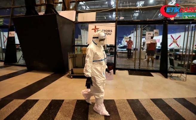 Dünya genelinde Kovid-19 tespit edilen kişi sayısı 26 milyon 817 bine yaklaştı