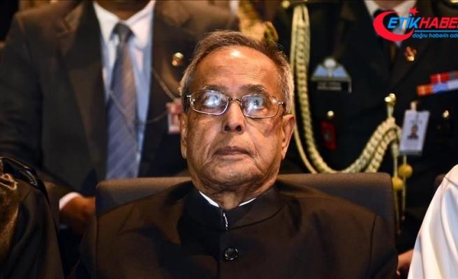 Eski Hindistan Cumhurbaşkanı Pranab Mukherji öldü