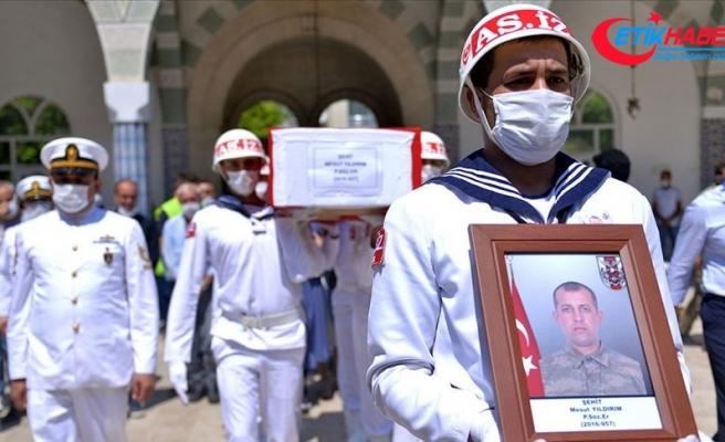 Hakkari'de şehit olan asker Mersin'de son yolculuğuna uğurlandı