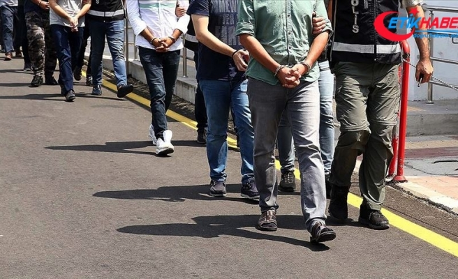 İzmir merkezli 40 ilde FETÖ'nün TSK yapılanmasına operasyon: 41 gözaltı