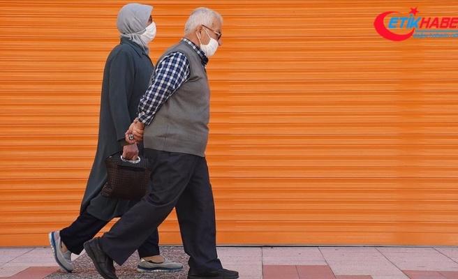 Manisa'da 65 yaş ve üstü vatandaşlara yeni Kovid-19 tedbirleri getirildi