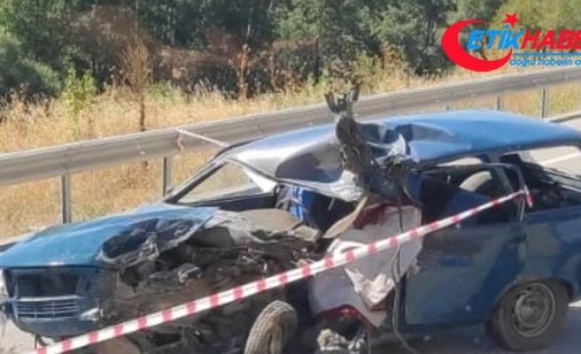 Otomobil ile motosiklet çarpıştı: 2 ölü, 2 yaralı