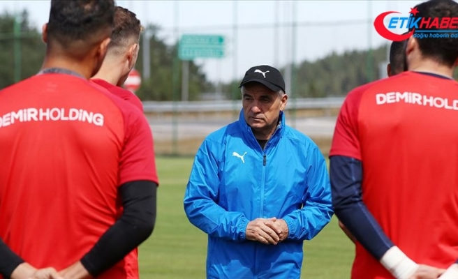 Sivasspor Teknik Direktörü Çalımbay: Avrupa'da çok kritik maçlar oynayacağız