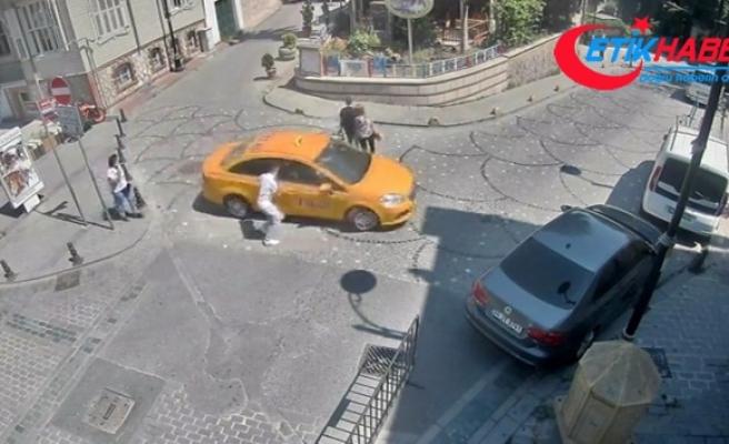 Taksici müşterinin unuttuğu cep telefonu ile böyle kaçtı