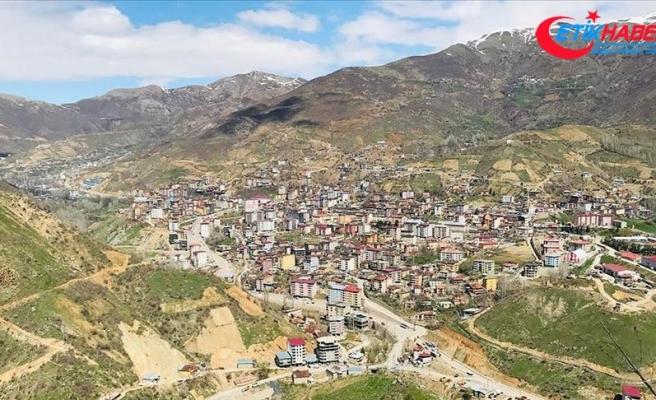 Terör örgütü PKK'nın 36 yıl önceki ilk saldırısına tepkiler dinmiyor