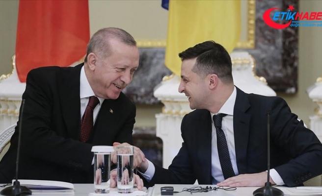 Ukrayna Devlet Başkanı Zelenskiy, Erdoğan'ı doğal gaz rezervi keşfinden ötürü tebrik etti
