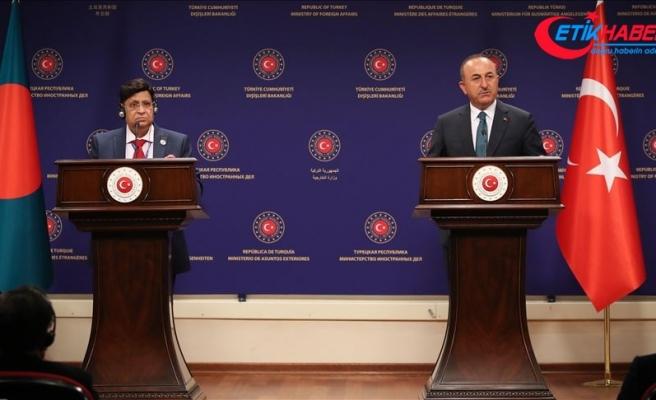 Dışişleri Bakanı Çavuşoğlu: 1 milyondan fazla Rohingyalıya ev sahipliği yapan Bangladeş'e yardım ediyoruz