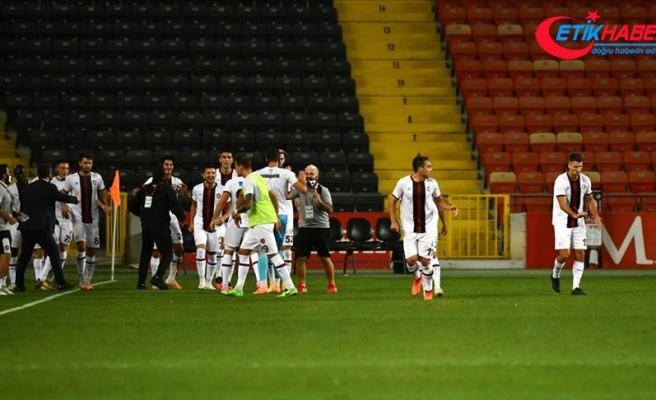Fatih Karagümrük, Süper Lig'de yarın Sivasspor'u ağırlayacak