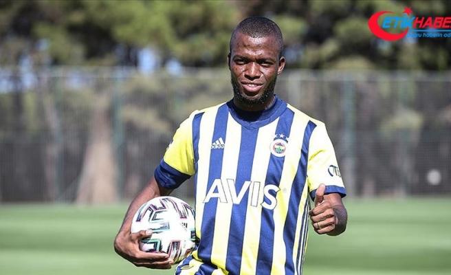 Fenerbahçe'nin yeni transferi Valencia: Çok mutluyum büyük bir kulübe geldim