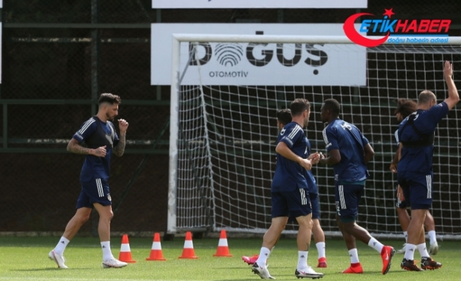 Fenerbahçe'de Sosa takımla beraber çalıştı