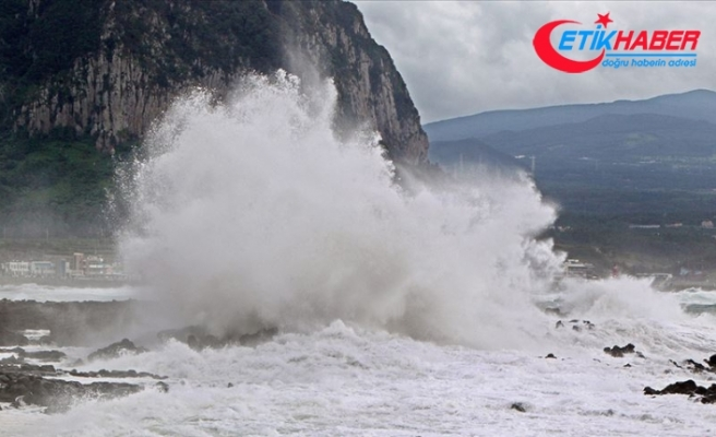Haişen tayfunu Güney Kore'yi etkisi altına almaya başladı