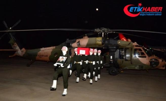 İdlib'de şehit olan Piyade Uzman Onbaşı Serdar Aslan'ın naaşı Gaziantep'e getirildi