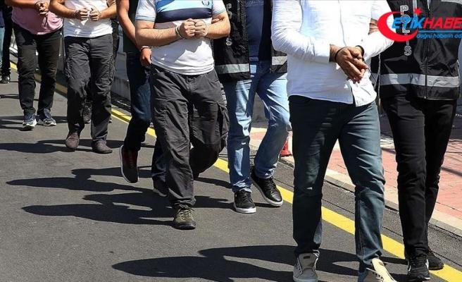 İstanbul merkezli 30 ilde düzenlenen FETÖ'nün TSK yapılanmasına yönelik operasyonda 59 kişi yakalandı