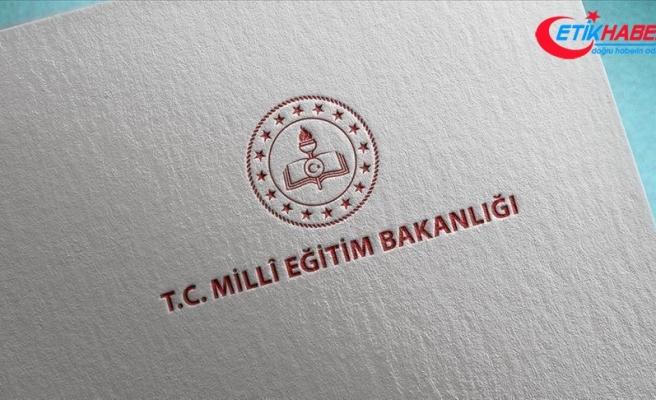 """MEB: """"Tüm eğitim öğretim faaliyetleri 31 Aralık'a kadar uzaktan eğitim yoluyla devam edecek"""""""