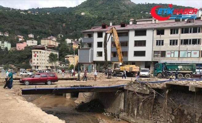Selin büyük hasara yol açtığı Dereli yeniden inşa ediliyor