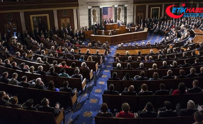 ABD Temsilciler Meclisi 2,2 trilyon dolarlık Kovid-19 teşvik paketini onayladı
